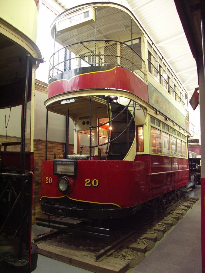 1200px-Johannesburg-tram-001